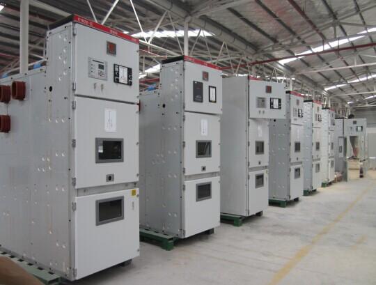 金炬精工制造高低压配电柜生产车间
