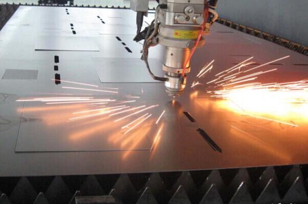 金炬精工制造激光切割技术
